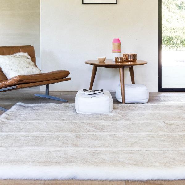 tapis fausse fourrure blanc tapis blanc
