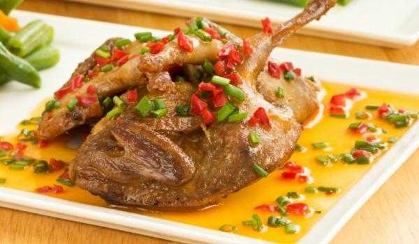 truffes à la table de Noël viande rôtie