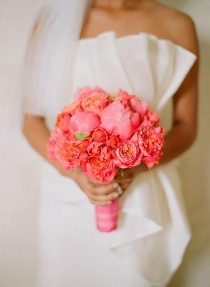 bouquet mariage association couleur corail