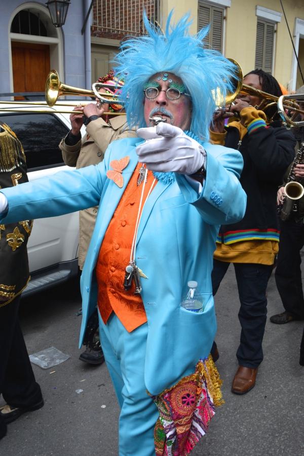 carnaval de mardi gras en costume bleu