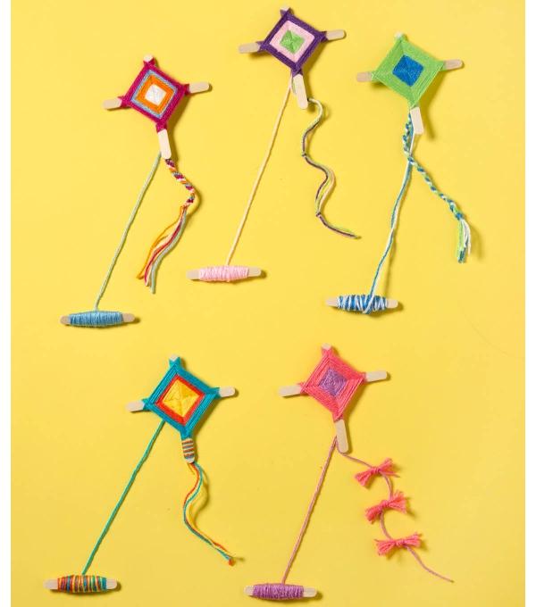 cerf-volant tissés en fils multicolores
