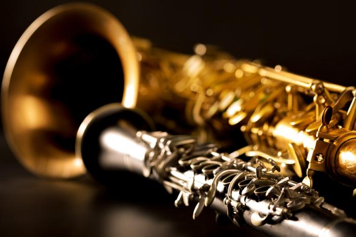 clarinette et saxophone instrument à vent
