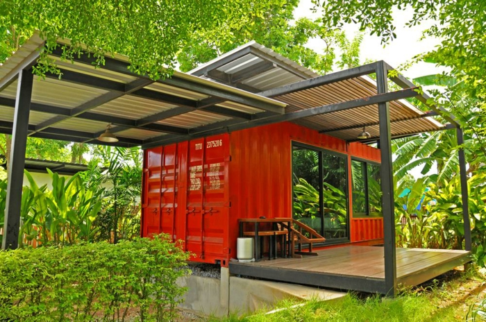 container habitable maison en rouge