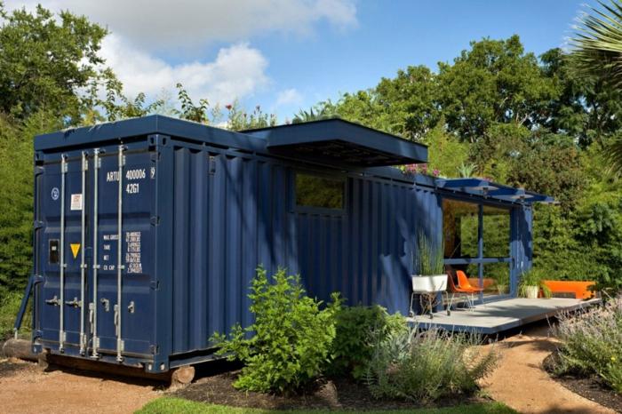 container habitable petite maison en bleu foncé