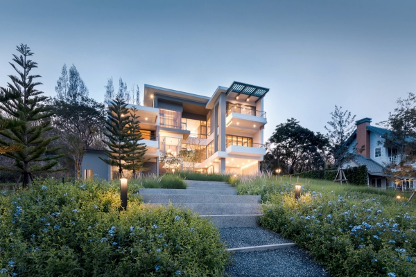 couleur façade maison tendance saillies extérieures