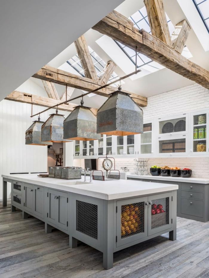 cuisine tendance 2019 armoires de cuisine en deux couleurs
