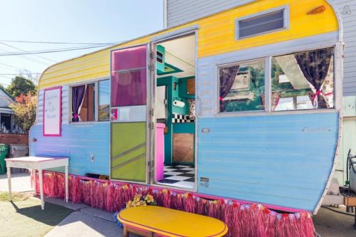 déco caravane plein de couleurs