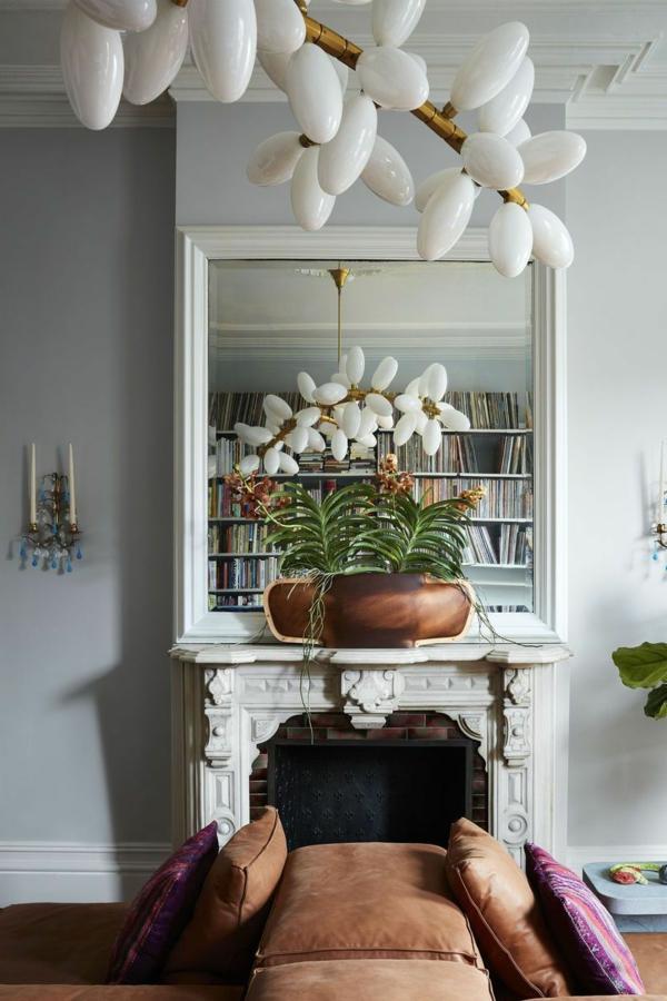 déco salon gris cheminée luminaire design canapé en cuire marron