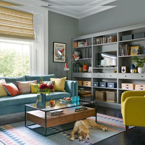 déco salon gris tapis graphique accents en couleurs vives
