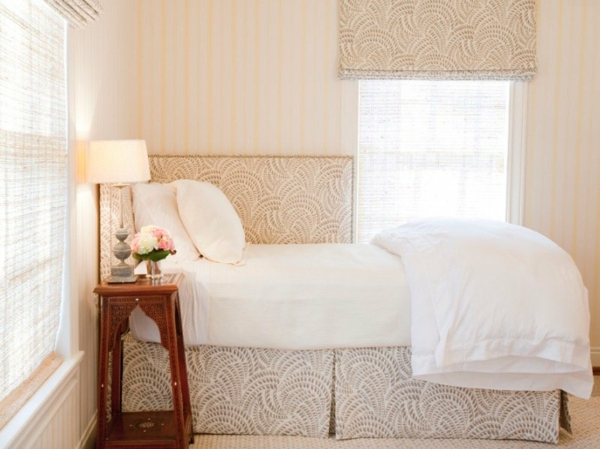 déco tête de lit en angle tapisserie en textile