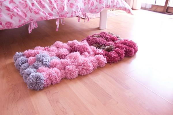 décoration chambre fille diy tapis pompon