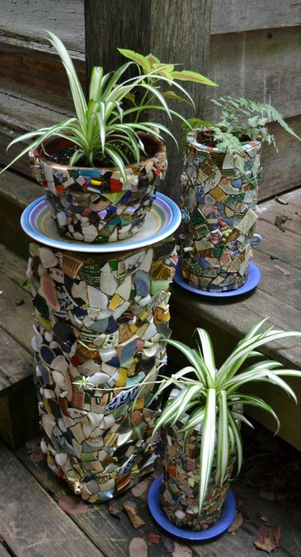 décorer son jardin avec des objets de récupération jardinière vaisselle