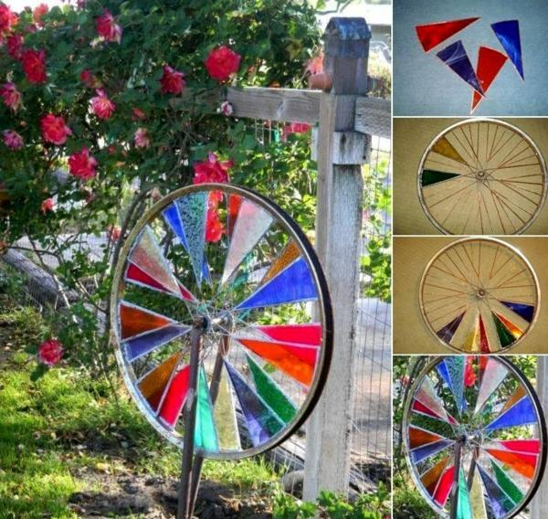décorer son jardin avec des objets de récupération roue de vélo