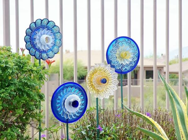 décorer son jardin avec des objets de récupération vaisselle