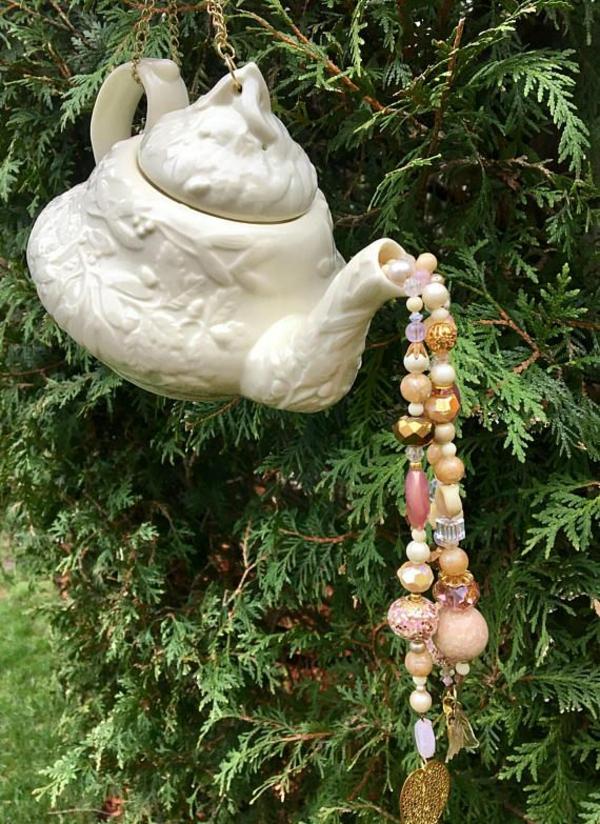 diy carillon éolien théière porcelaine perles plastique