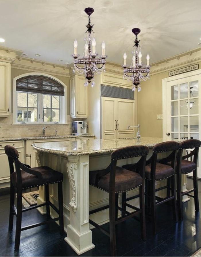 idée éclairage luminaire cuisine vintage îlot central marbre