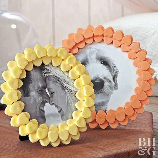 idée cadeau saint-valentin fait main cadre de photo en bonbons