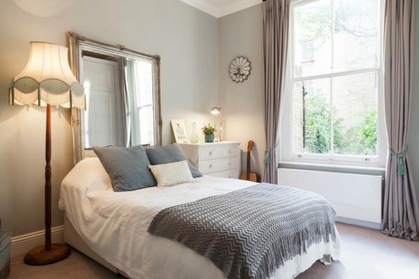 d co t te de lit en 90 id es pour transformer l 39 apparence. Black Bedroom Furniture Sets. Home Design Ideas