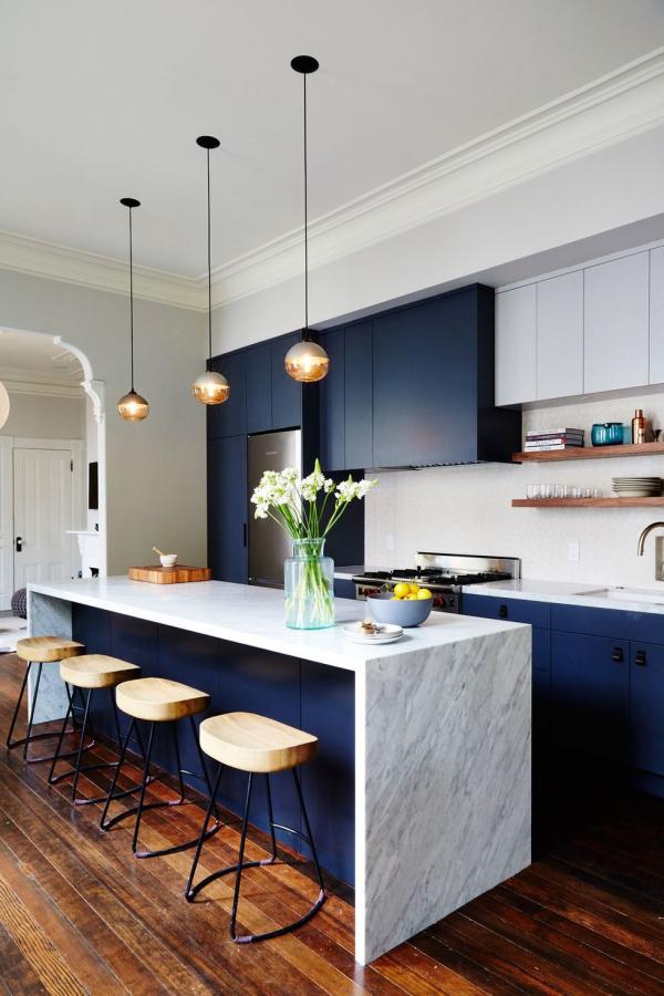 meuble cuisine design un bleu foncé