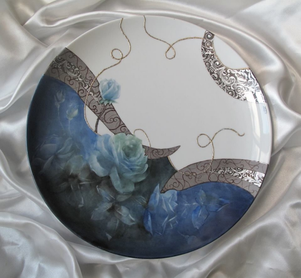 peinture sur porcelaine pour un couvercle