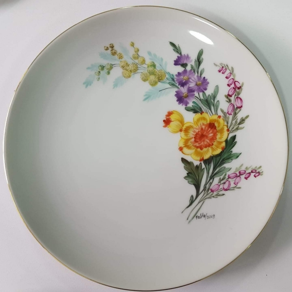 peinture sur porcelaine une assiette exquise
