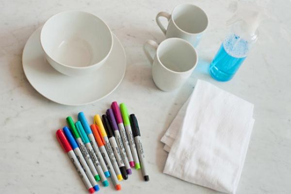 peinture sur porcelaine vaisselle blanche