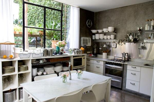 relooker meuble cuisine vaisselle blanche