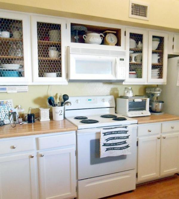 relooker meuble cuisine vitrines pour la vaisselle