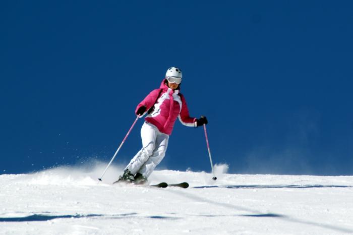 seul pour la saint valentin aller en ski avec vos amis