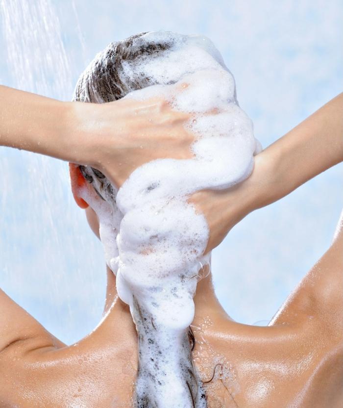 shampoing-routine-capillaire-cheveux-crépus