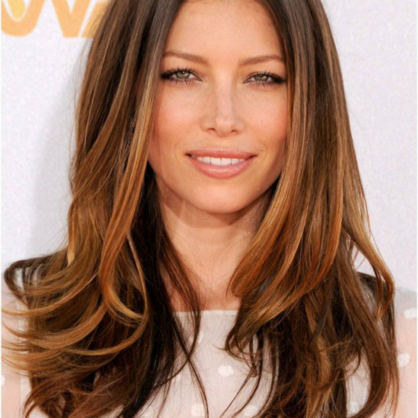balayage caramel cheveux longs jessica biel