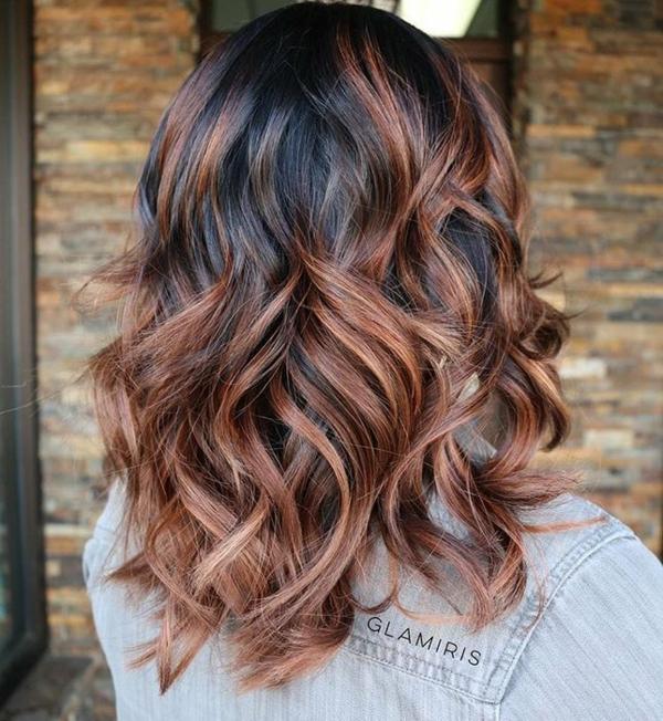 balayage caramel coloration cheveux bruns