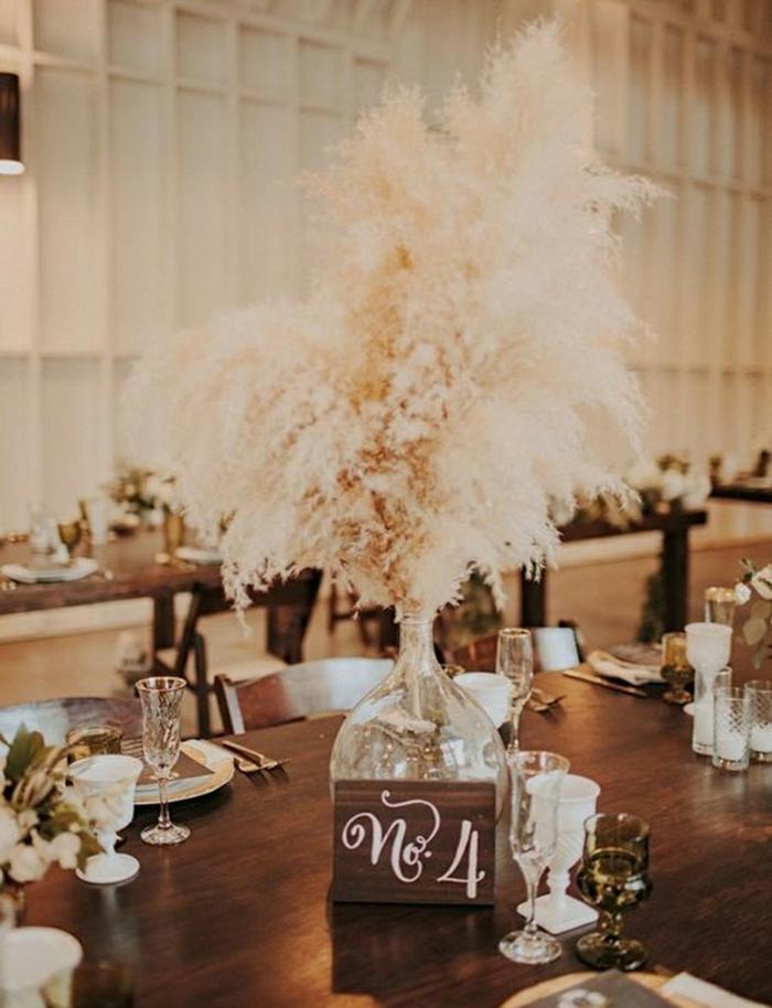centre de table mariage déco avec herbe de la pampa