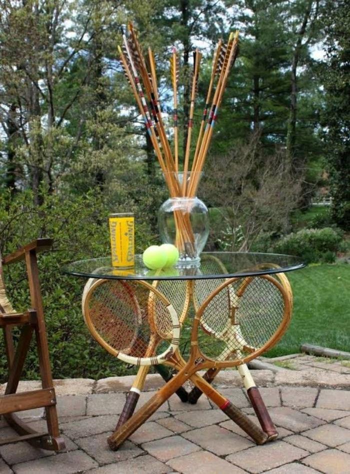 diy projet avec une raquette de tennis idée pour une table