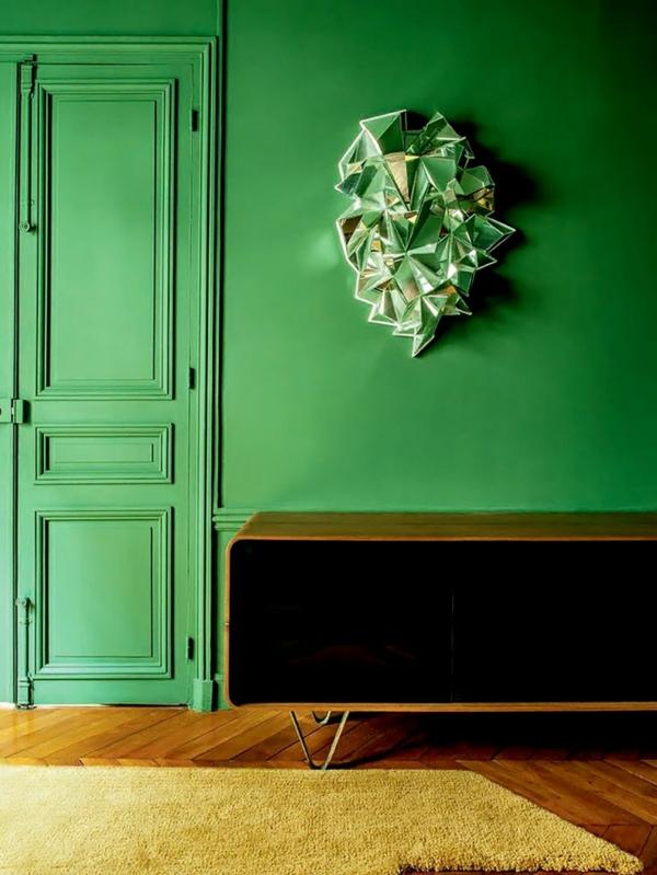 entrée peinture vert émeraude tapis moelleux