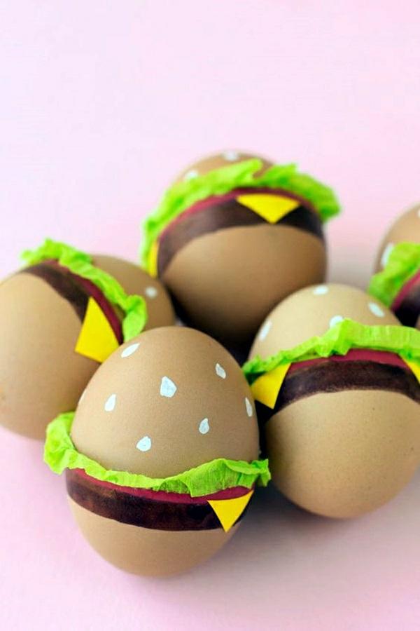 façons créatives de décorer un œuf de Pâques hamburgers