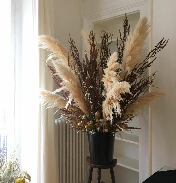 herbe de la pampa dans un vase