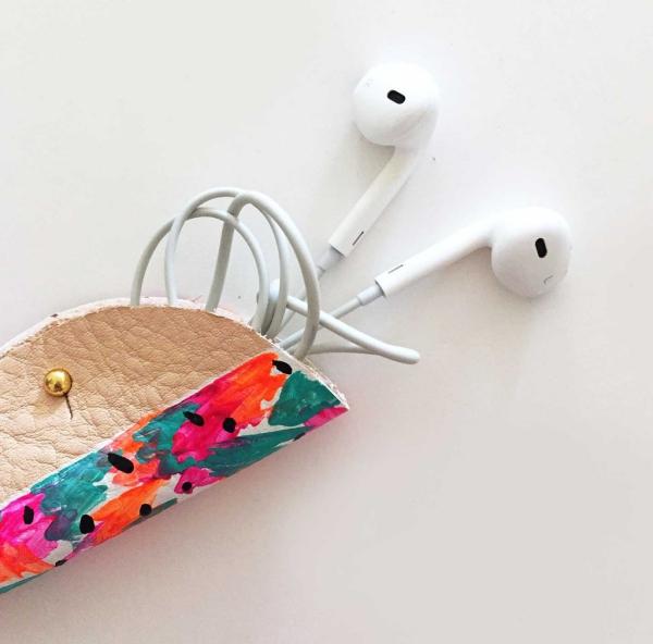 housse étui pour écouteurs téléphone DIY en cuir