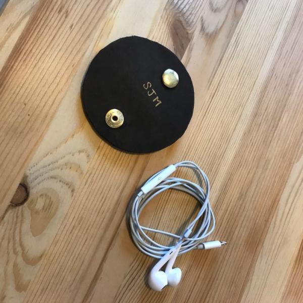 housse étui pour écouteurs téléphone DIY une planche