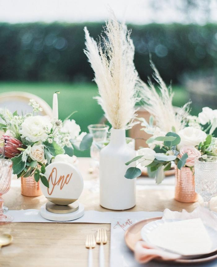 idée déco table mariage avec herbe de la pampa