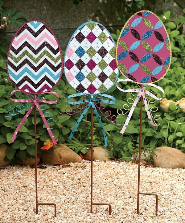 idée décoration de pâques à faire soi-même oeufs de pâques carton métal