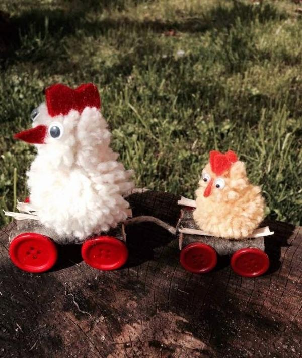 idée décoration de pâques à faire soi-même poulets en fil de laine