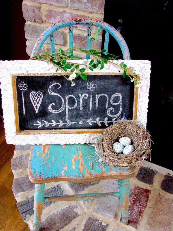 idée décoration de pâques à faire soi-même tableau ardoise style vintage