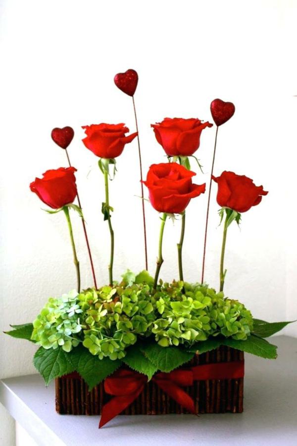 idée de déco saint-valentin à faire soi-même arrangement floral