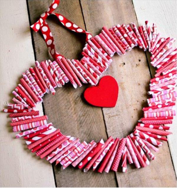 idée de déco saint-valentin à faire soi-même couronne en papier coloré
