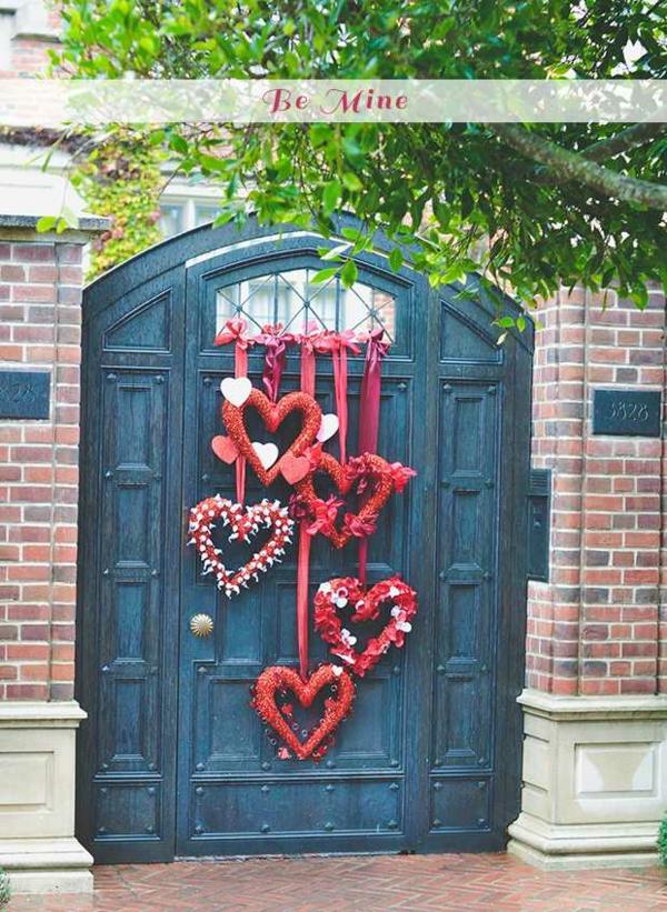 idée de déco saint-valentin à faire soi-même guirlandes porte d'entrée