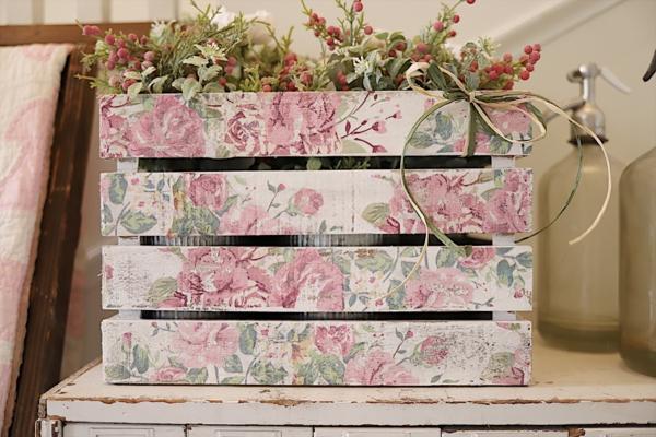 idée de déco saint-valentin à faire soi-même palette de bois décorée
