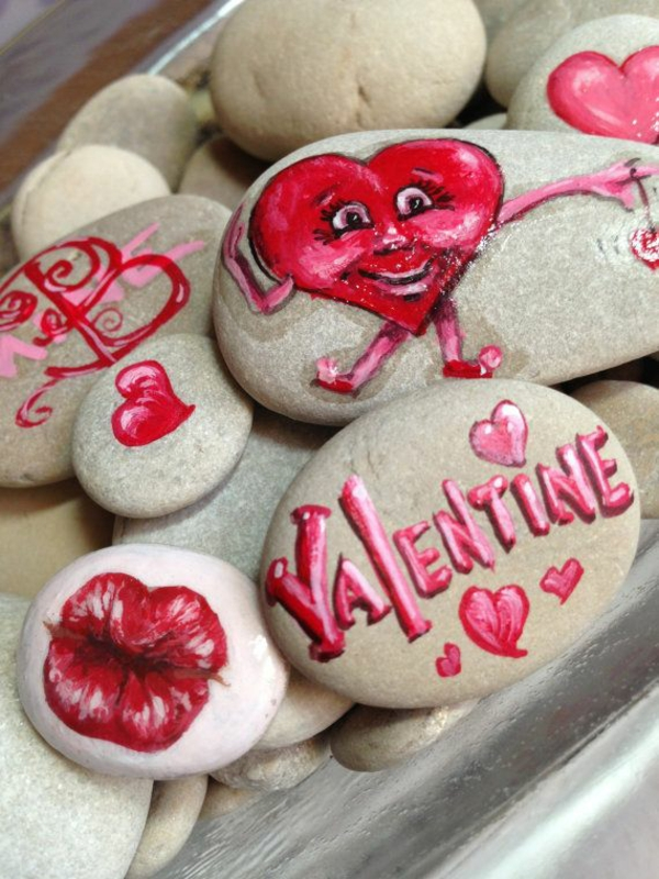 idée de déco saint-valentin à faire soi-même peinture sur galets