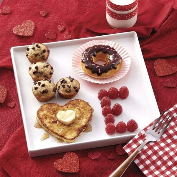 idée de déco saint-valentin à faire soi-même petit déjeuner romantique