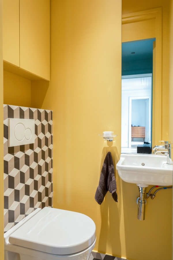 idée de peinture toilettes tendance jaune moutarde